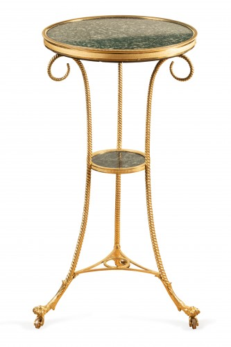 18 th  French fine Tripod pedestal table in gilded bronze