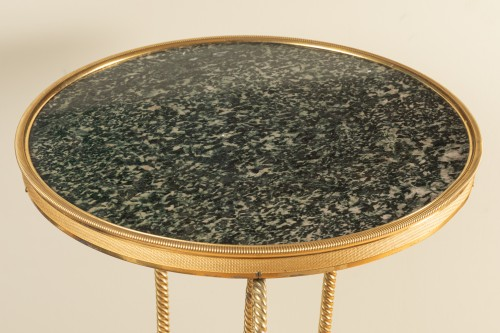 18 th  French fine Tripod pedestal table in gilded bronze -