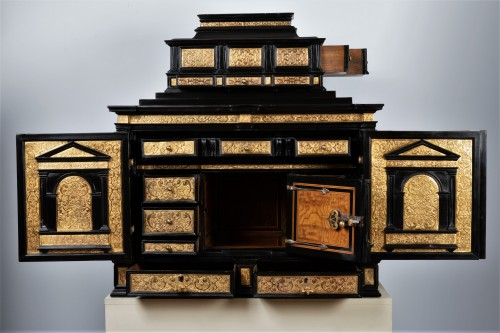 Furniture  - A 16th c. Nuremberg important ebony and brass cabinet