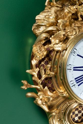 "A Louis XV ""fox hunt"" cartel clock signed Dutertre - Louis XV"