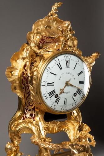 """An important Louis XV gilt bronze clock """"Commedia dell'arte""""  -"""