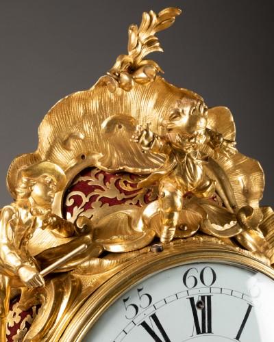 """An important Louis XV gilt bronze clock """"Commedia dell'arte""""  - Louis XV"""