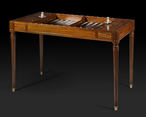 "Louis XVI period game table, called ""tric trac"", stamped by Fidelys SCHEY - Furniture Style Louis XVI"