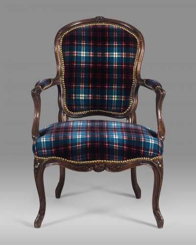 Seating  - Fine Louis XV period armchair stamped by Étienne MEUNIER