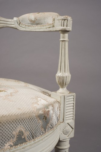 Suite of four lacquered fauteuils en cabriolet, Directoire, late 18th c. -