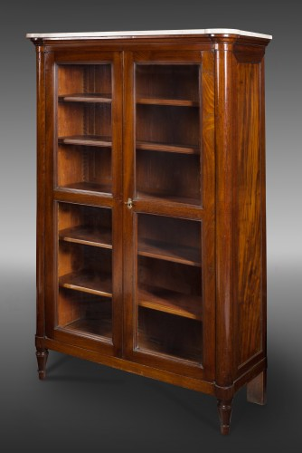 Louis XVI mahogany vitrine or bookcase, stamped Stöckel. 18th century. - Furniture Style Louis XVI