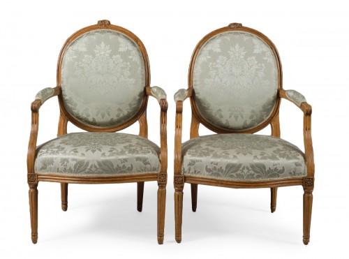 """Pair of Louis XVI fauteuil """"à la reine"""" stamped Pierre BERNARD"""