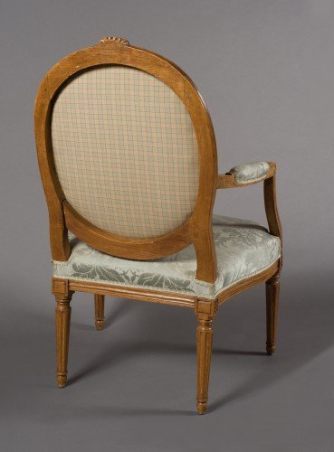 "Pair of Louis XVI fauteuil ""à la reine"" stamped Pierre BERNARD - Seating Style Louis XVI"