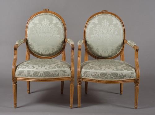 """Pair of Louis XVI fauteuil """"à la reine"""" stamped Pierre BERNARD - Louis XVI"""