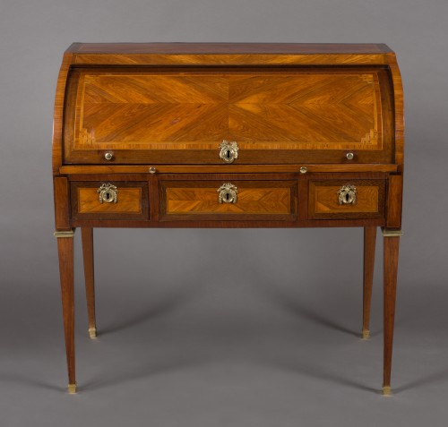 Cylinder desk stamped M. OHNEBERG, Louis XVI period - Furniture Style Louis XVI
