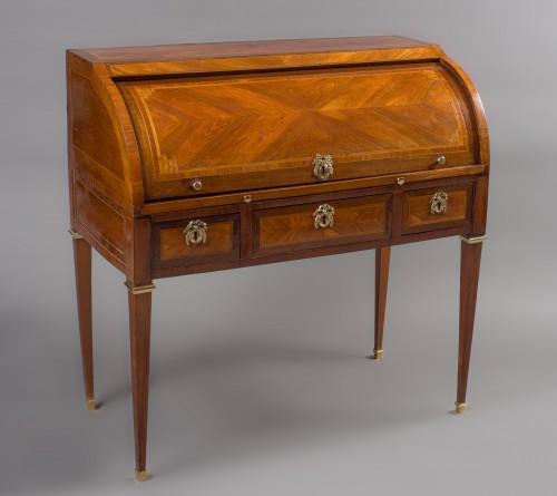 Furniture  - Cylinder desk stamped M. OHNEBERG, Louis XVI period