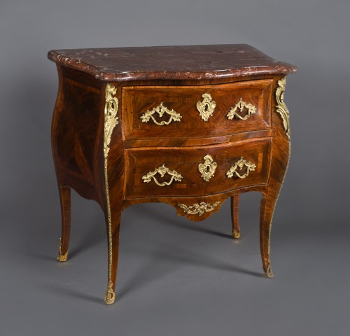 Louis XV Commode Stamped G. Filon, 18th Century - Furniture Style Louis XV