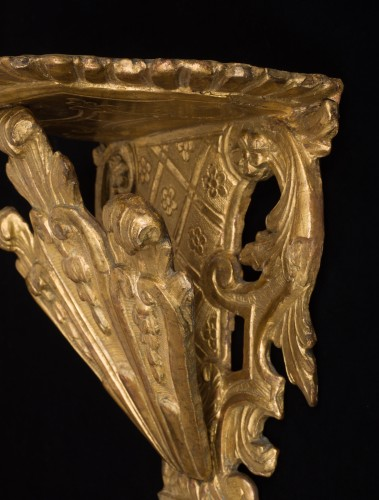 Gilded wall bracket, Italy, early 18th century - Furniture Style