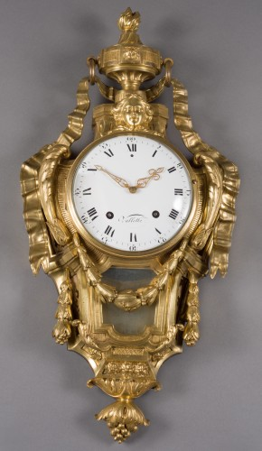 Wall cartel in gilded bronze, model of OSMOND, Transition style, 18th cent. - Clocks Style