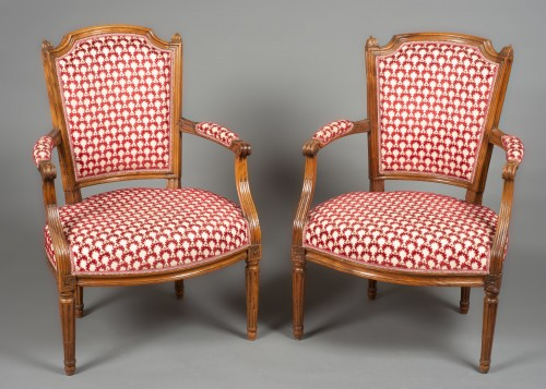 "Pair ""cabriolet"" armchairs, Louis XVI period, 18th century - Seating Style Louis XVI"