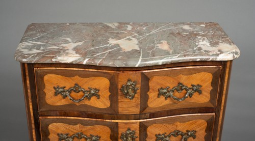 Transition commode stamped M. CRIAERD or CRIARD, middle of 18th century - Furniture Style Transition