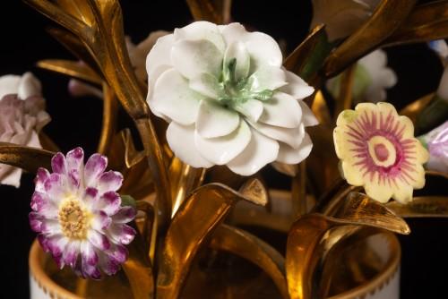 Sèvres, bouquet of porcelain flowers -