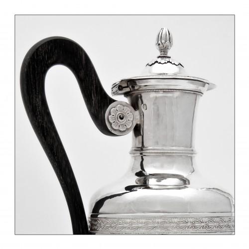 Restauration - Charles X - Coffee or tea pot by the goldsmith Jean-Pierre BIBRON, Paris, 1819-1838