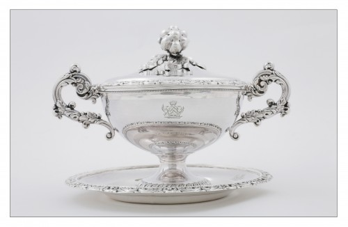 Silver drageoir by VEYRAT, Paris 1832-1840, Louis-Philippe period -