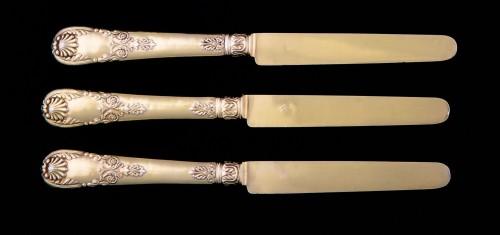 Antique Silver  - Set of 18 silver gilt dessert cutlery, Paris, 1838-1845