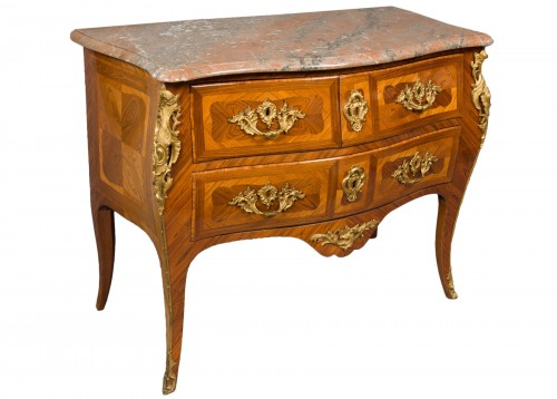 Commode estampillée Jacques BIRCKLÉ, époque Louis XV