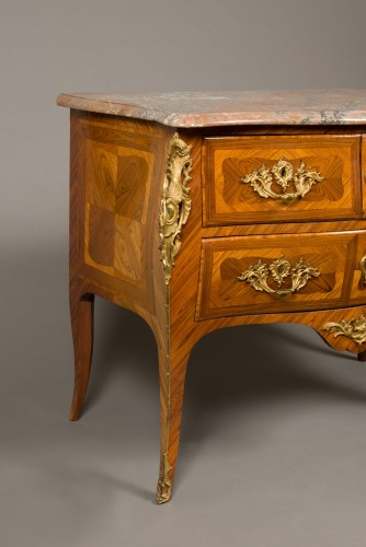 French Louis XV commode stamped Jacques BIRCKLÉ, 18th century - Louis XV