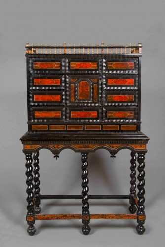 Flemish cabinet in ebony and tortoise shell veneer, Antwerp 17th century - Louis XIV