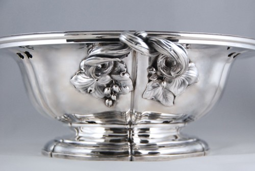 - AUCOC AÎNÉ - Chafing dish and its cover in solid silver, Paris 1839-1856