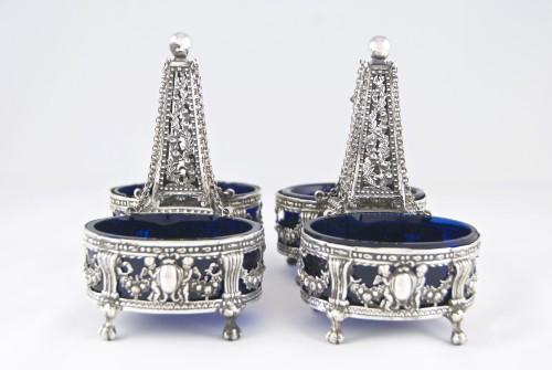 CHARPENAT J.-P., Supplier of the Crown - Pair of salt cellars, Paris 1783 -