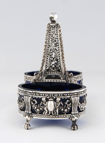 18th century - CHARPENAT J.-P., Supplier of the Crown - Pair of salt cellars, Paris 1783