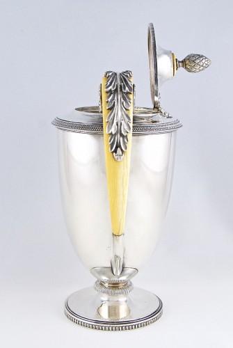 Carl HIESS Goldsmith,sterling silver tea pot, Vienna, Austria, 19th century - Antique Silver Style