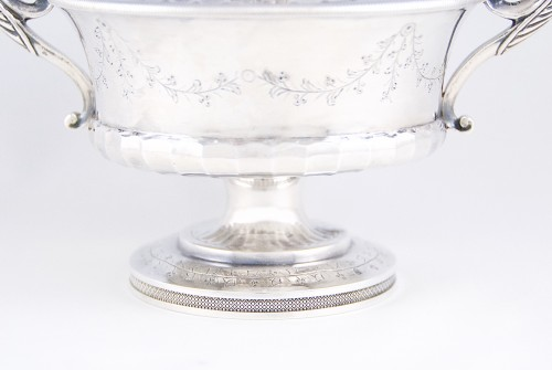 Empire - Pierre CHAUVIN orfèvre - Covered cup, Paris 1798-1809, sterling silver