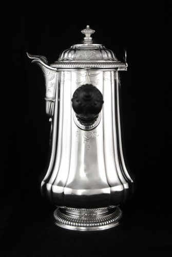 Antique Silver  - CARDEILHAC, chocolate pot in solid silver and vermeil