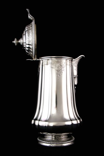 CARDEILHAC, chocolate pot in solid silver and vermeil -