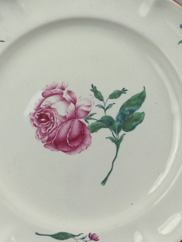 Strasbourg faience plate, Hannong 18th century - Porcelain & Faience Style Louis XV