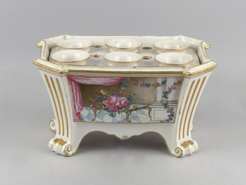 Luneville bought pot, 18th century - Porcelain & Faience Style Louis XVI