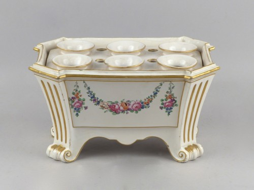 Luneville bought pot, 18th century -