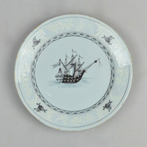 Saint-Amand plates - Porcelain & Faience Style Louis XVI