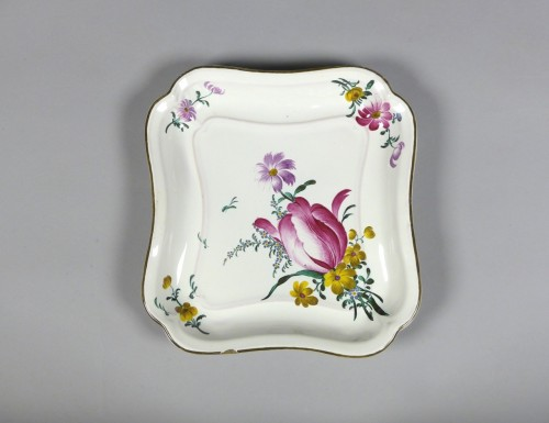 Porcelain & Faience  - Pair of square faience dishes, Strasbourg Hannong 18th century