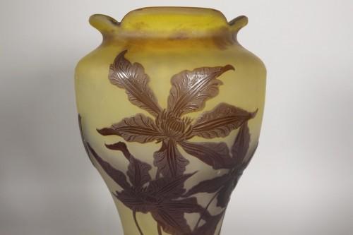 Antiquités - Large vase, Emile Gallé