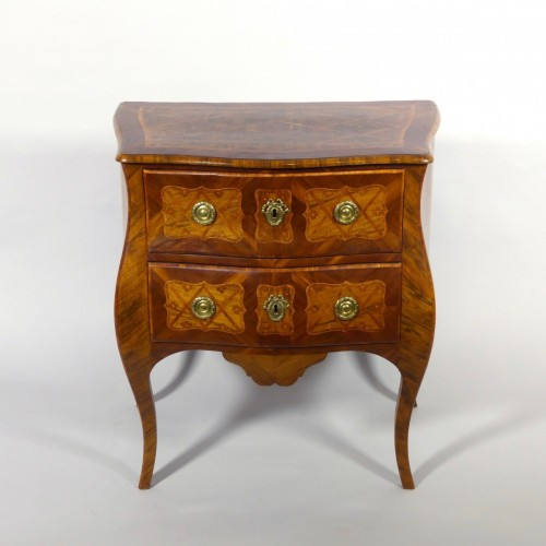 Louis XV - Small commode