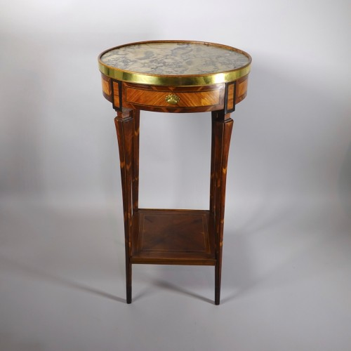 Round table probably made in Strasbourg circa 1780 - Furniture Style Louis XVI