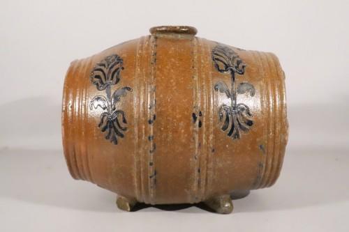 Barrel vinegar maker - Porcelain & Faience Style