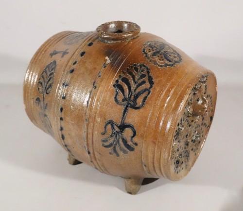 17th century - Barrel vinegar maker