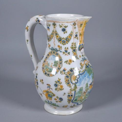 Porcelain & Faience  - Picher in faience, Moustiers, Olérys