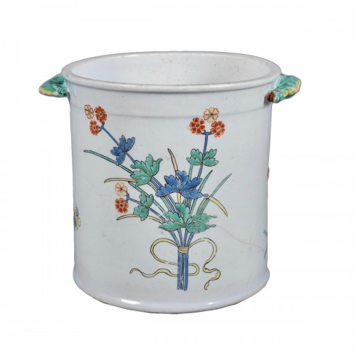 Cooling bucket in soft paste porcelain of Chantilly