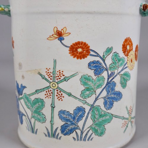 Porcelain & Faience  - Cooling bucket in soft paste porcelain of Chantilly