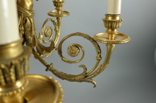 Antiquités - Chandelier in gilded bronze, in the style of Pierre Gouthière