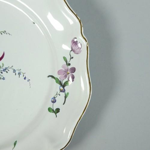 Porcelain & Faience  - Strasbourg faience plate, Joseph Hannong 18th