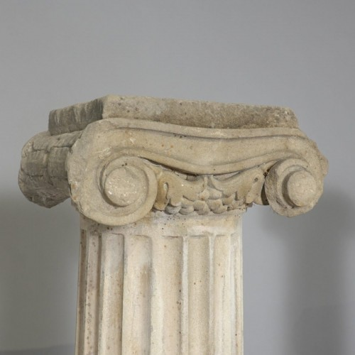 Architectural & Garden  - Pair of column in sandstone
